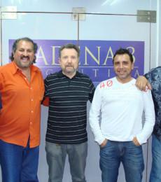 Contratar Los 4 De Salta (011-4740-4843) O Al (011-2055-4218)