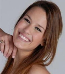 Contratar Luli Fernandez (011-4740-4843) O Al (011-2055-4218)