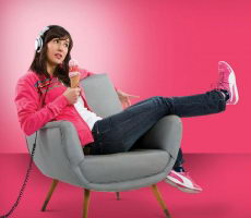 Julieta_pink_christian_manzanelli_representante_artistico_sitio_oficial_contratar_julieta_pink