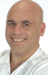 Contratar Bicho Gomez (011-4740-4843) O Al (011-2055-4218)