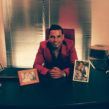 Christian Manzanelli Representante Artistico En Argentina