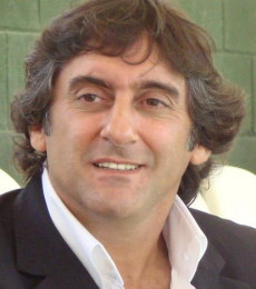 Contratar Enzo Francescoli (011-4740-4843) O Al (011-2055-4218)