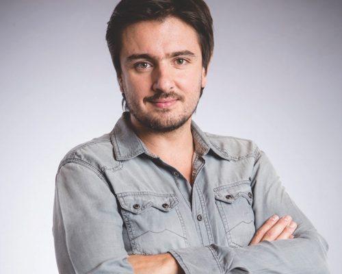 Andres-Sandoval-contratar-christian-manzanelli-representante-artistico