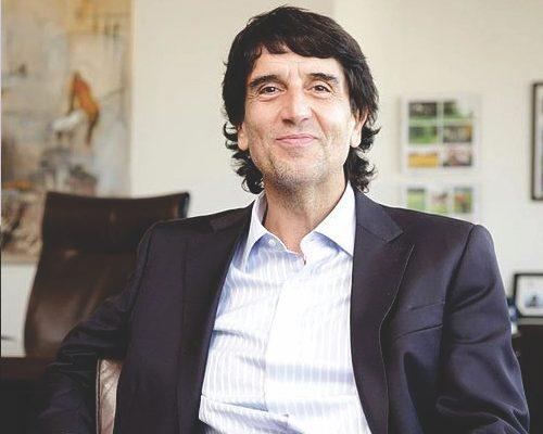 Carlos-Melconian-contratar-christian-manzanelli-representante-artistico