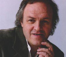 Cesar-Banana-Pueyrredon-contratar-christian-manzanelli-representante-artistico