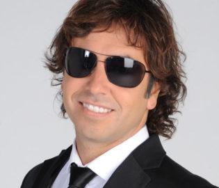 Gonzalito Rodríguez Teléfonos (011-4740-4843) O Al (011-2055-4218) Contrataciones De Artistas