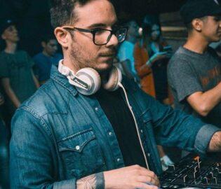 DJ Fer Palacio Teléfonos (011-4740-4843) O Al (011-2055-4218) Contrataciones De Artistas.