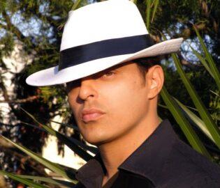 Guillermo Elias Teléfonos (011-4740-4843) O Al (011-2055-4218) Contrataciones De Artistas.