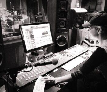 Alquiler De Estudio De Grabación En Christian Manzanelli Producciones (8)